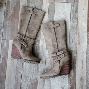 Very Volatile tall wedge zip up boots 6 5
